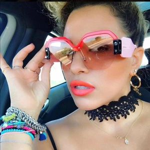 Accessories - Sexy Rimless Oversized Sunglasses
